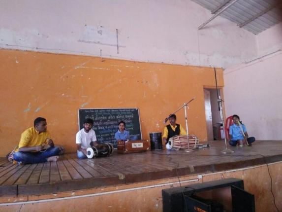 Folk orchestra performance at Pachgani College